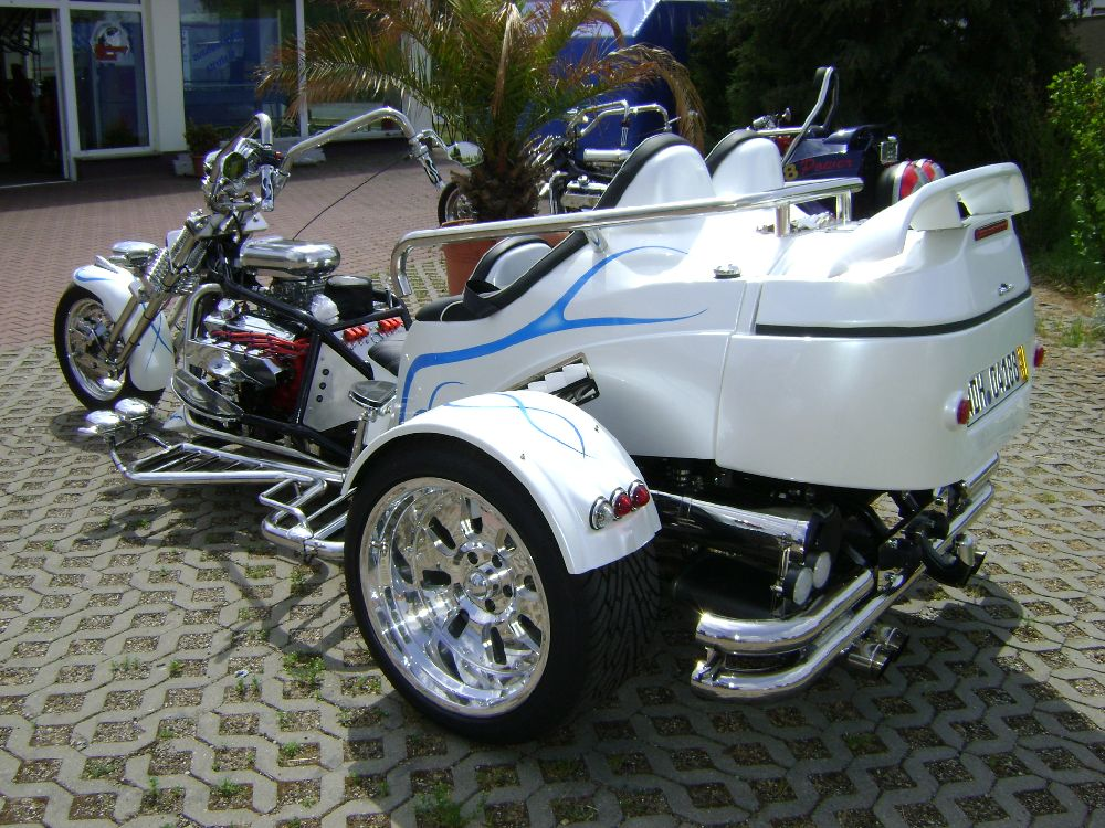 custom built v8 trikes for sale autos post. Black Bedroom Furniture Sets. Home Design Ideas